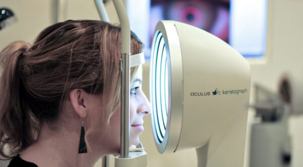 Präzision in der Augenoptik